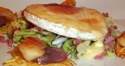 Restaurant Soissons La Bourse Aux Grains : Salade camembert roti