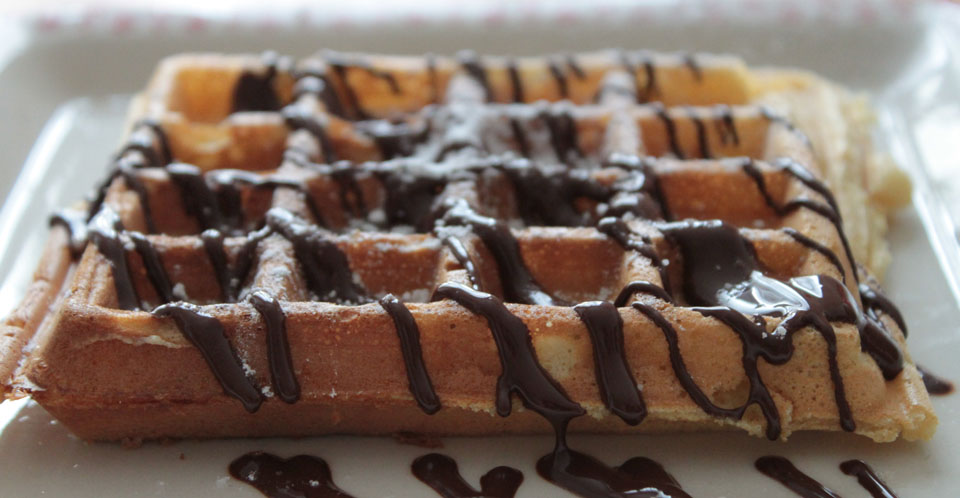 Restaurant Soissons La Bourse Aux Grains : gaufre chocolat