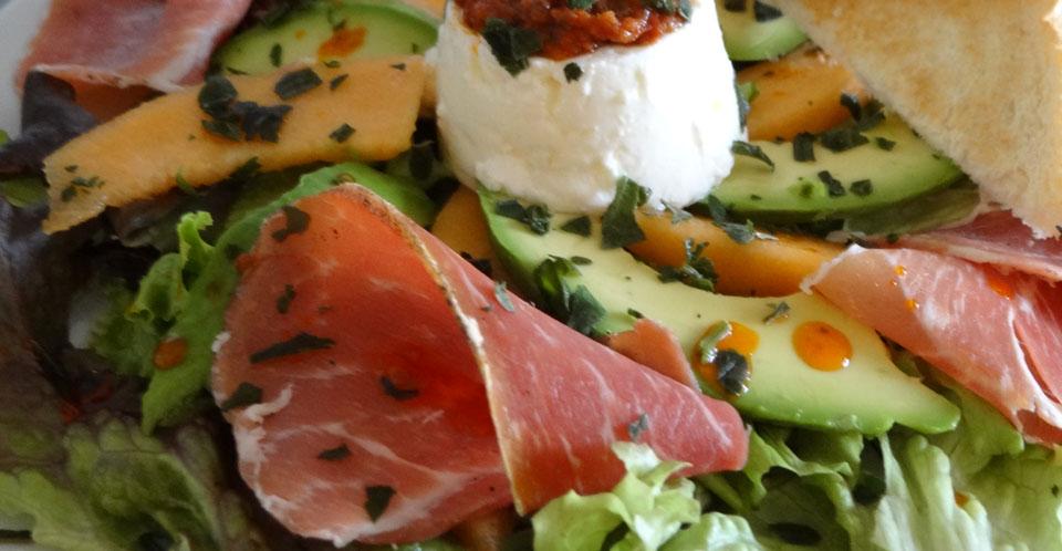 Restaurant Soissons La Bourse Aux Grains : assiette jambon cru